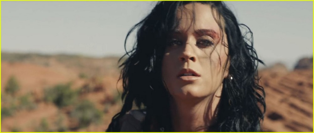 katy-perry-rise-music-video-17